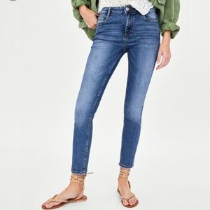Zara Essential Jeans